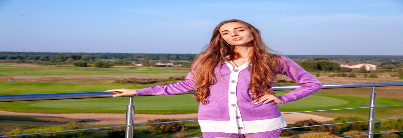 CASUAL GOLF CLOTHING